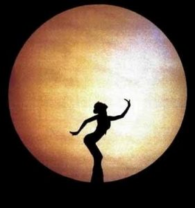 La danza con la luna